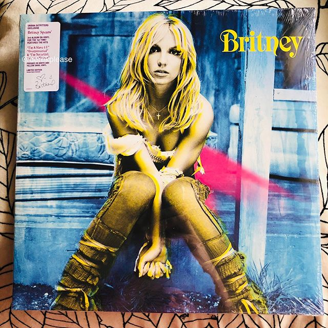 "Britney Spears - ""Britney""  Urban Outfitters exclusive vinyl  World exclusive first unboxing thread from DerekPlease.com Use with credit #britneyspears #britneyjeanspears #britneyspearsfan #britneyspearsarmy #britneyspearsqueen #britneyspearsfans #britneyspearscollection"