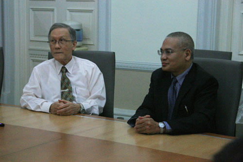 The two Vice Chancellors - Prof Ho (left) and Prof Mansor.