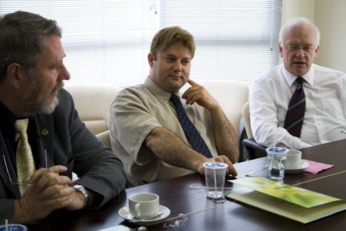 (from left): McGreal, Elloumi and Pannekoek in discussion with WOU's leaders.