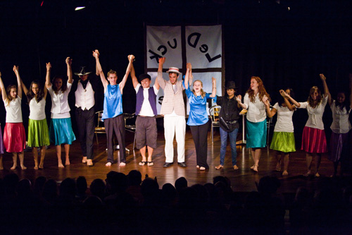 The cast taking a final bow during the finale.