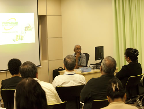 Prof Dhanarajan shares his experience on conducting research.