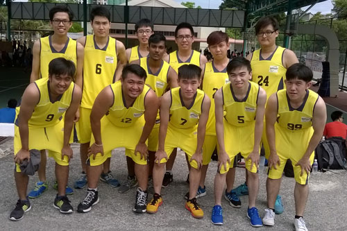 The team of 12. At front right is OCL student body president, Robin Cheah.