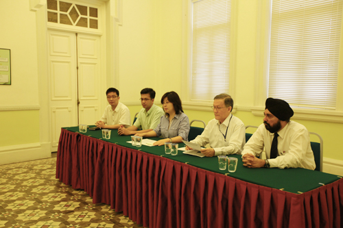 (From left) DrThor Teong Gee, Remesh Seth Nair, Rowena Yam, Prof Ho and Baljit SIngh.