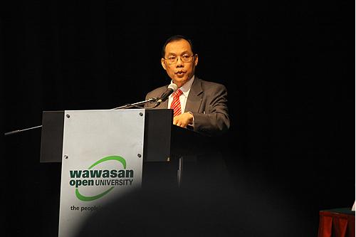 Prof Morshidi Sirat.