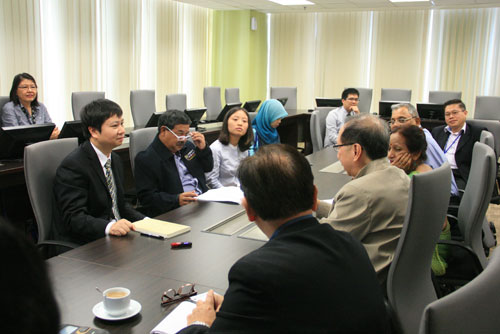 Meeting on the proposed collaboration in progress.