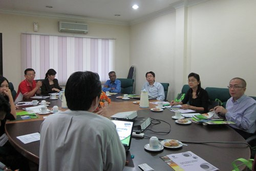 Roundtable session to highlight about the University's programmes.