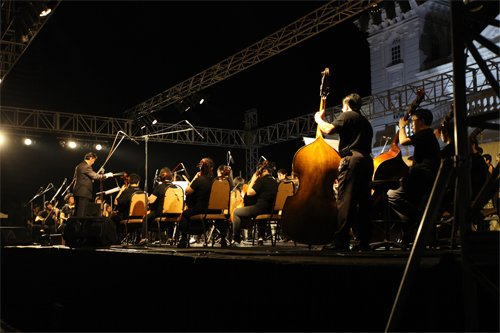 The orchestra in action.