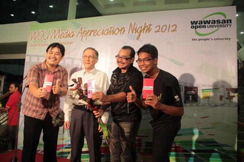 Winners of the karaoke singing contest.