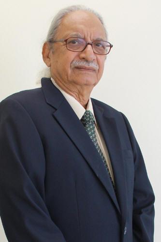 Honorary Degree recipient Dato' Seri Chet Singh.