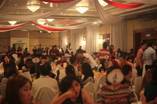 The large turnout at the charity dinner in support of the Home.