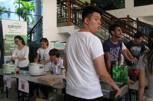 Food fair held at the main campus.