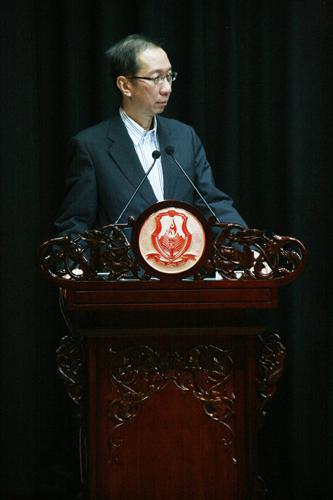Dr Koh Tsu Koon.