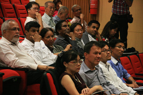 A section of the crowd at the lecture.