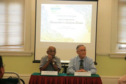 Tan Sri Emeritus Prof Gajaraj Dhanarajan and Prof Ho respond to questions.
