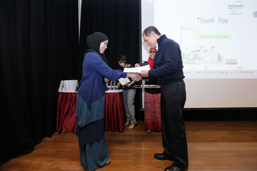 Norhasni Abdul Aziz from Learning & Library Services.