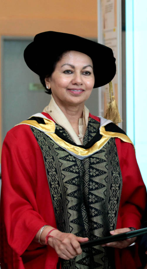 PROF DR ASHA KANWAR - HONORARY DOCTOR OF LETTERS
