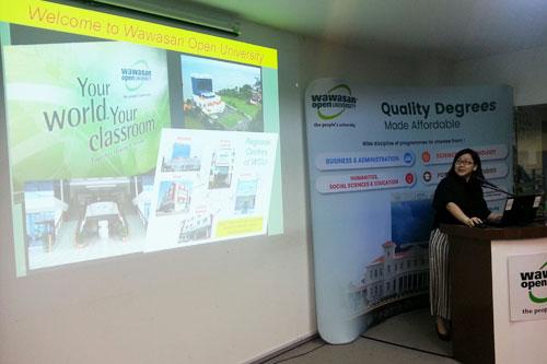 Dr Bong shares on the University's ODL model at Kuala Lumpur Regional Centre.