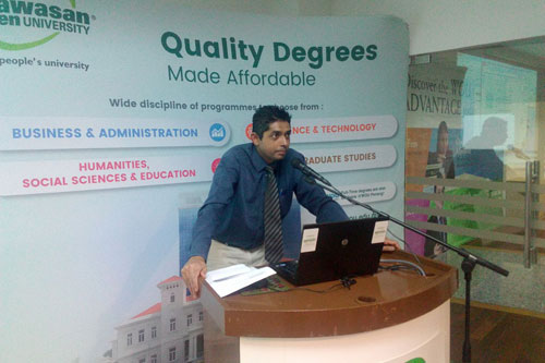 Deva Guru offers pointers on managing student life to the freshmen at KLRC.