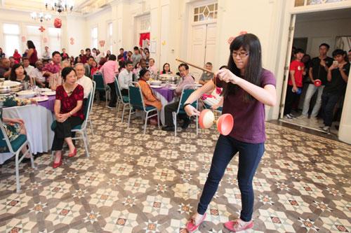 Ng Xin Pei shows her skills at juggling the Chinese yo-yo.