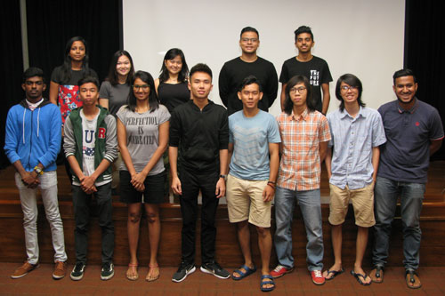 Pan (4th from right) with the new Student Council committee members.