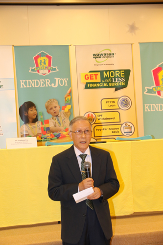 Prof Ho urges preschool centres to send their teachers to WOU to get their required diploma