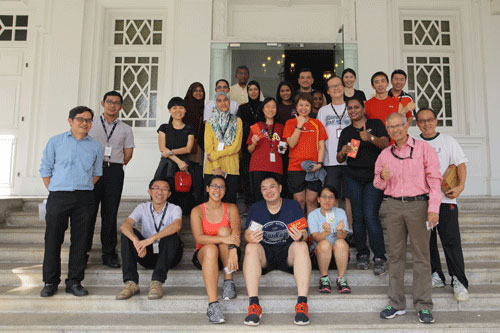 Participants pose with the organising committee from the School of Science & Technology.