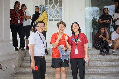 Runners-up were Team A (from right): Jeanne and Chrisvie, with Dr Teoh. The other team member was Robin Cheah.