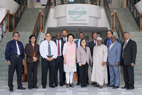 Prof Kanwar (centre) and Prof Mohee (2nd from left) with members of the Executive Governing Board.