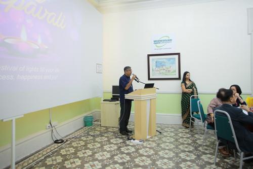 Dr Nagarajan delivers his opening remarks.