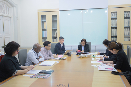 Meeting between the visitors and WOU top management in progress.