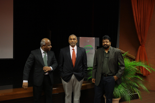 From left: Prakash, Parameswaran and moderator of the talk, Assoc Prof Dr Balakrishnan Muniapan.