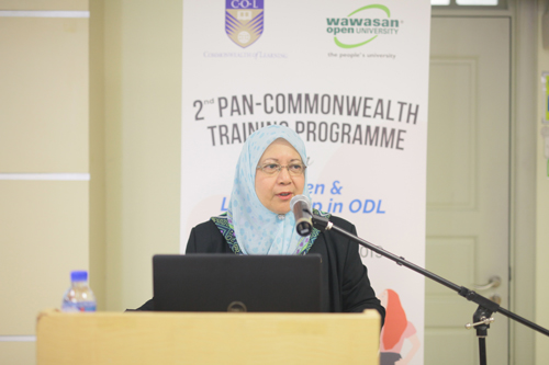 Prof Asma, Vice Chancellor of USM.
