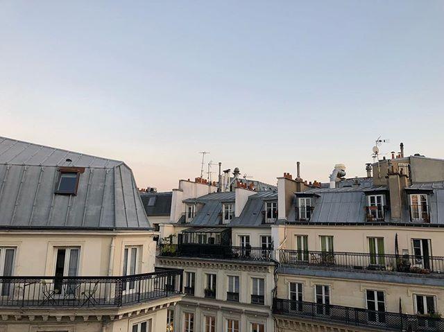 Mon coeur est avec Paris.