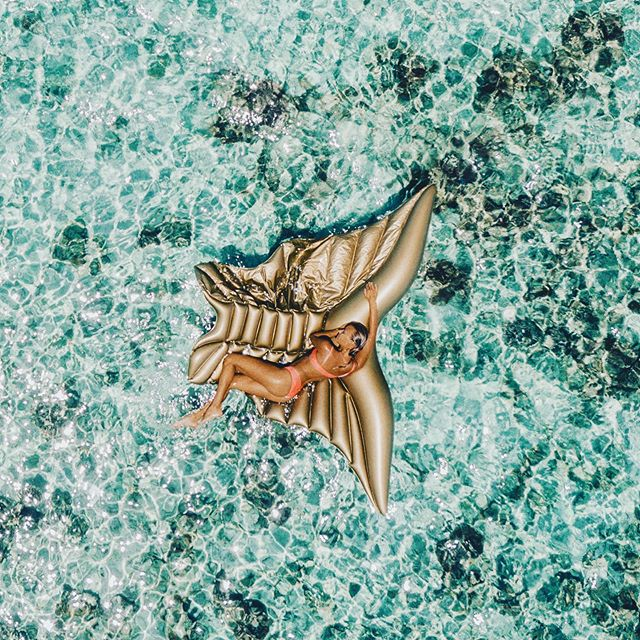 R E L A X 🏝 . . . Hope you all having a great Monday! We still offer free shipping to czech and slovakia💛  Thank u @miss_tyns & @iamjantrnka for the shot 💋  #bikini #ocean #sun #coral #indonesia #island #summer #tan #nunuibali