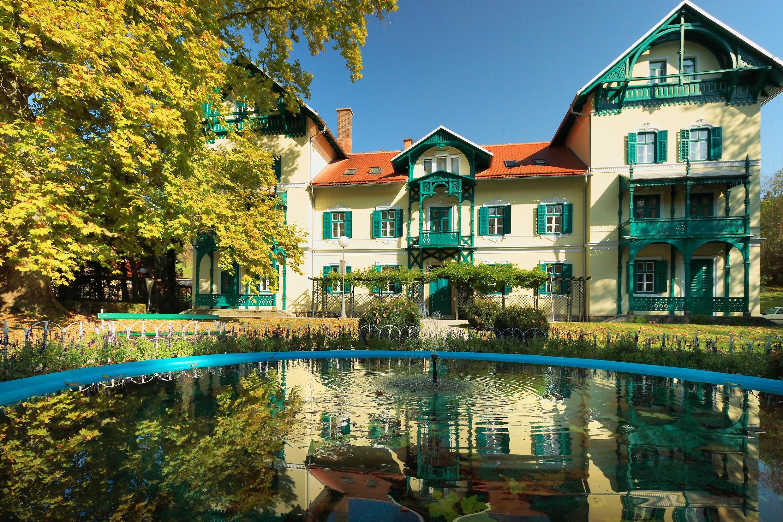 TermeDobrna Hotel Park 1.JPG
