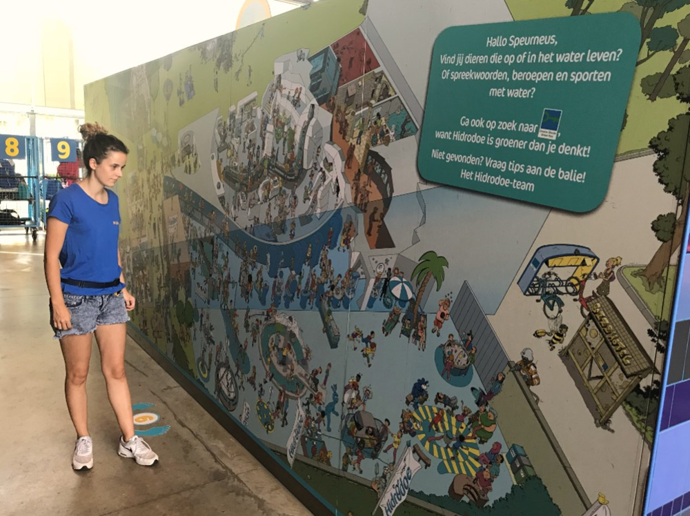 XL Green Key Cartoon makes visitors curious about sustainability