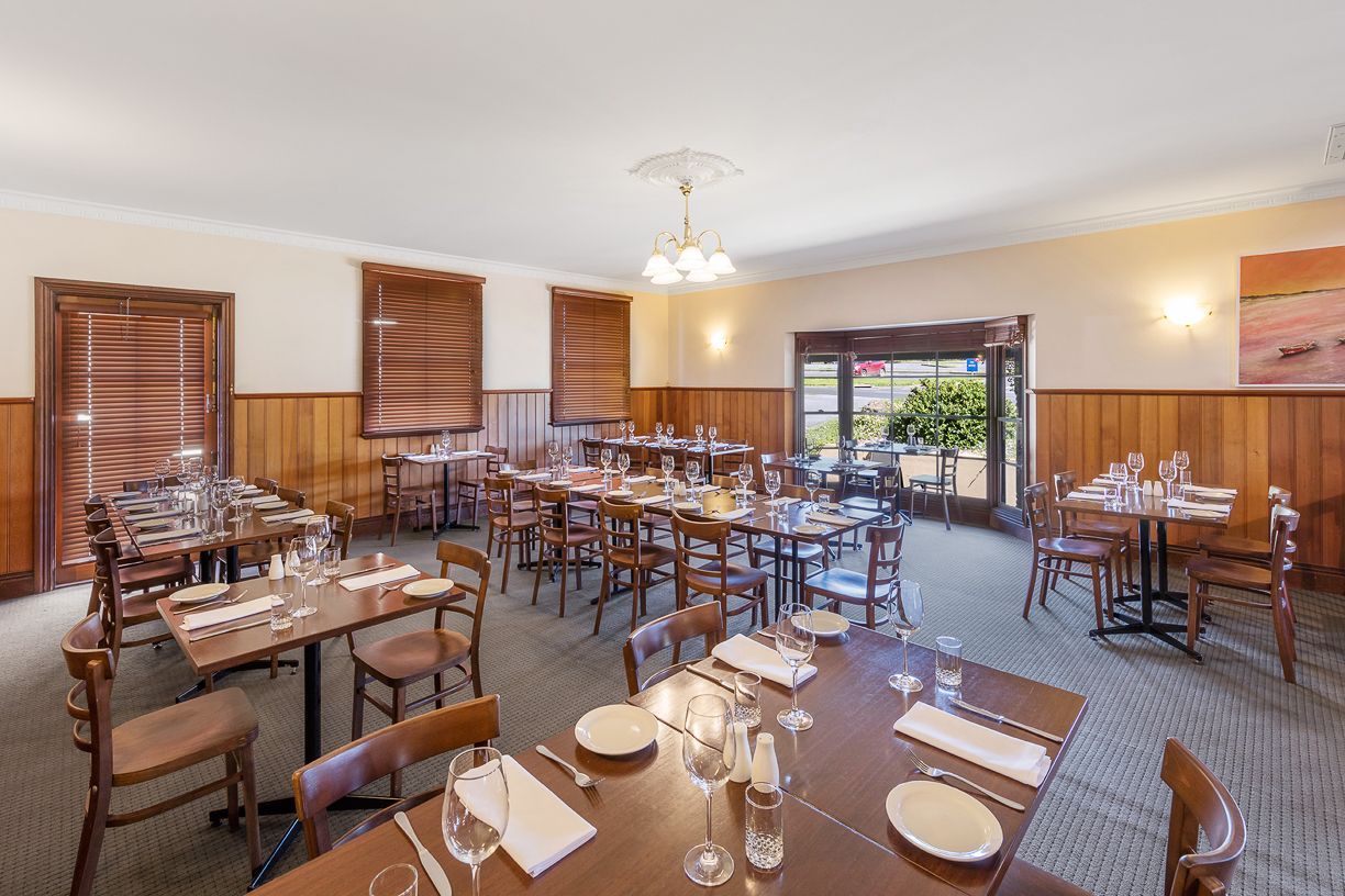 best-western-olde-maritime-warrnambool-clovelly-restaurant-dining.jpg
