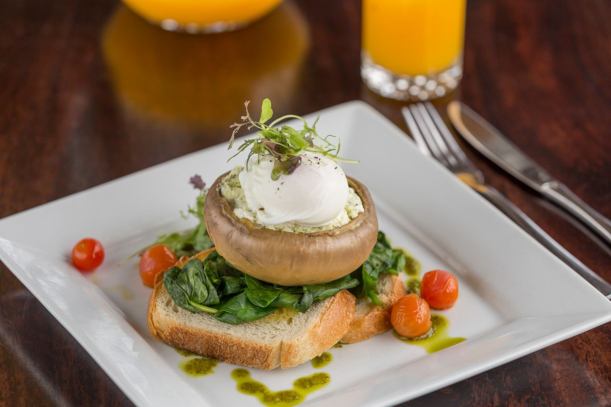 clovelly-restaurant-warrnambool-best-western-olde-maritime-breakfast.jpg