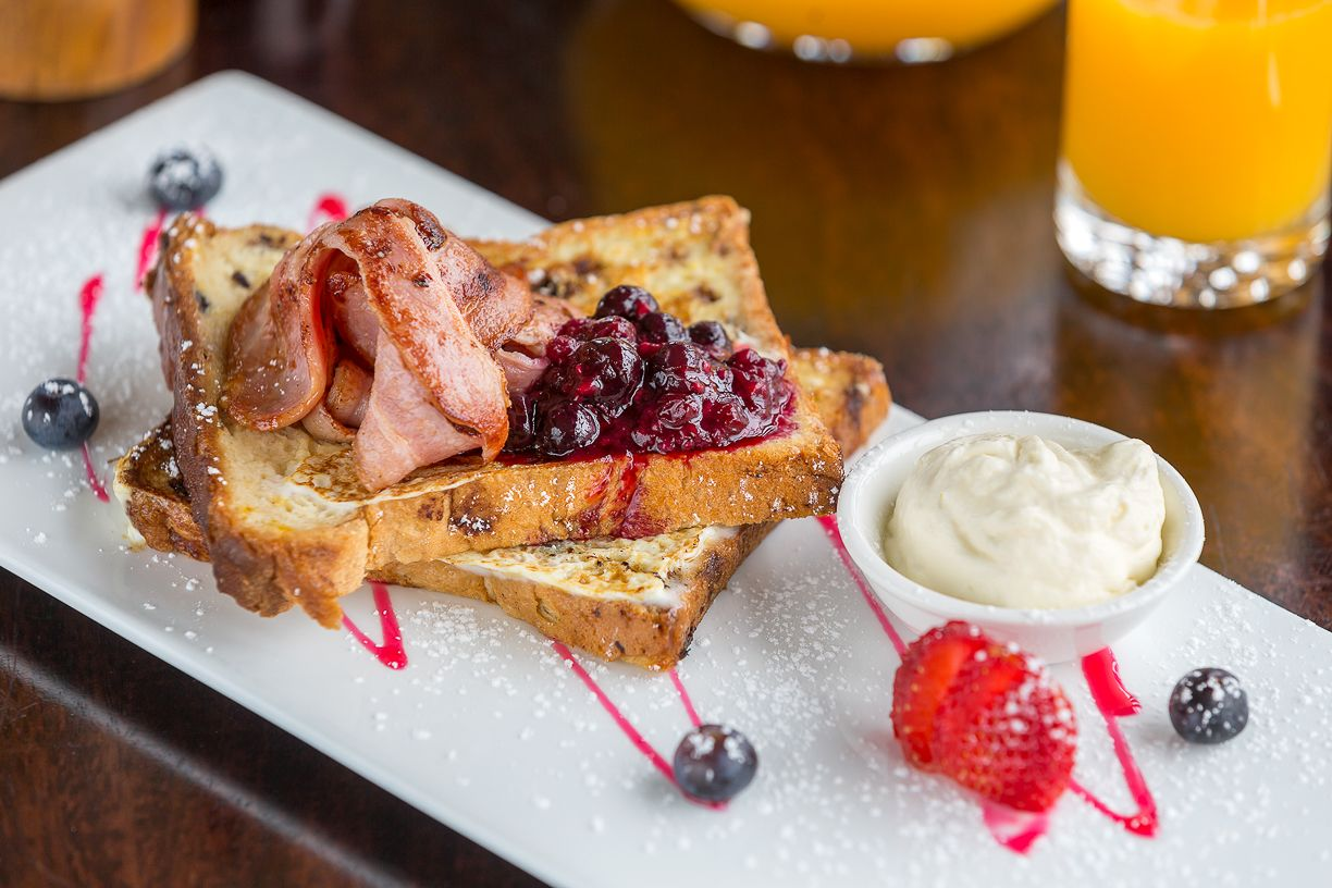 clovelly-restaurant-warrnambool-best-western-olde-maritime-french-toast.jpg