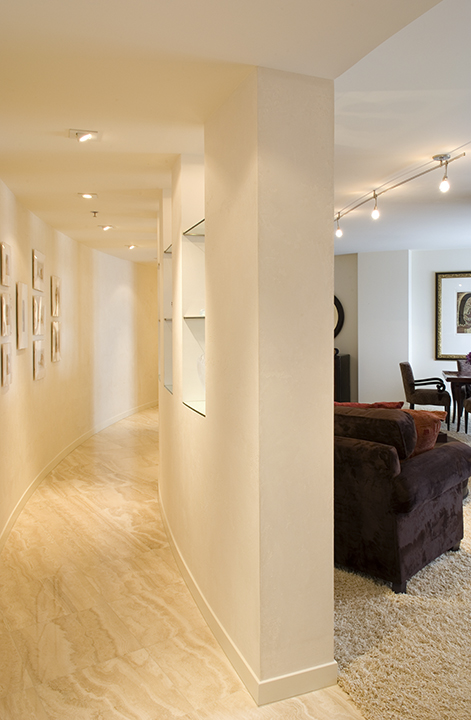 Minneapolis-condo-curved-wall-entry.jpg