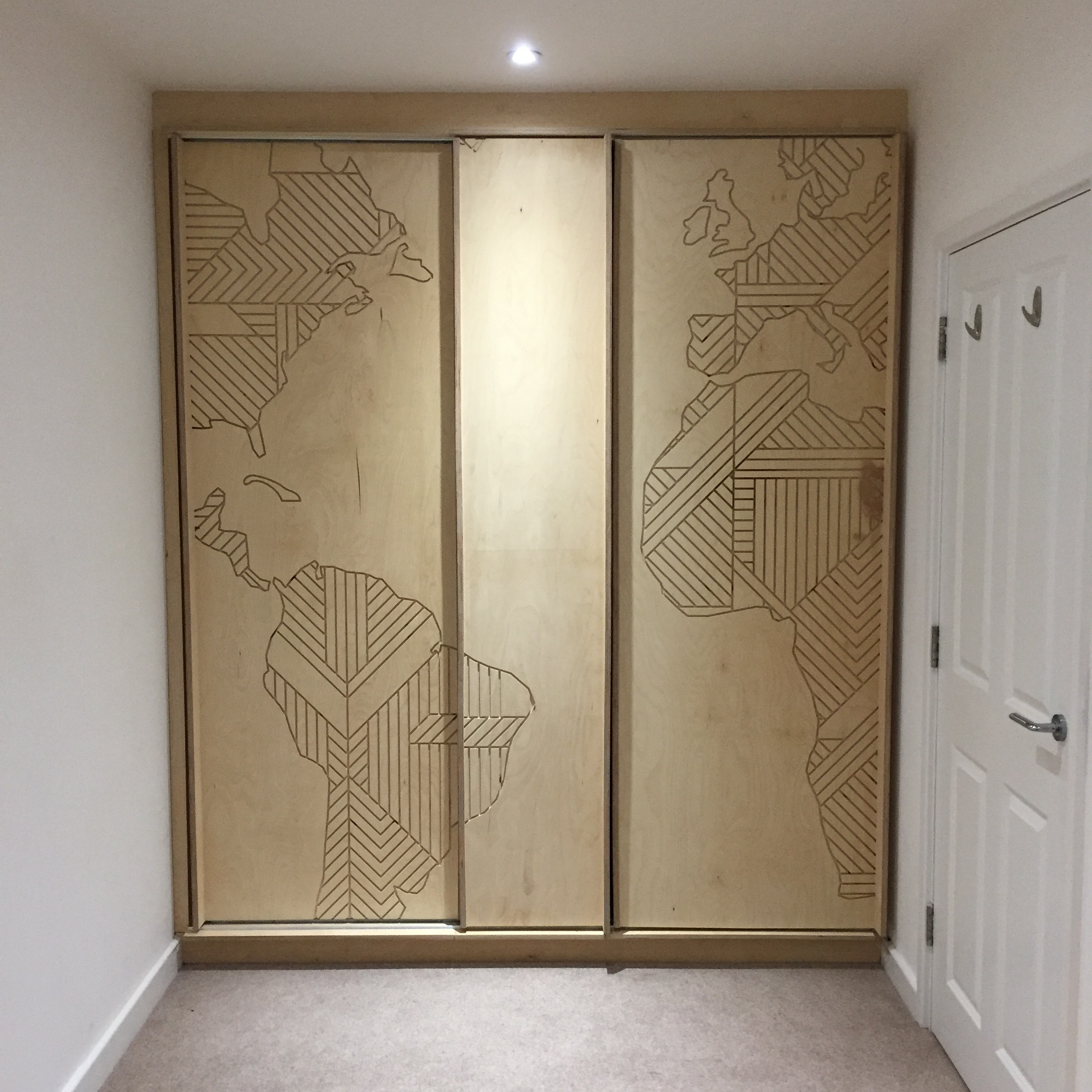 MIIAN wardrobe - Bespoke fitted wardrobe with sliding doors