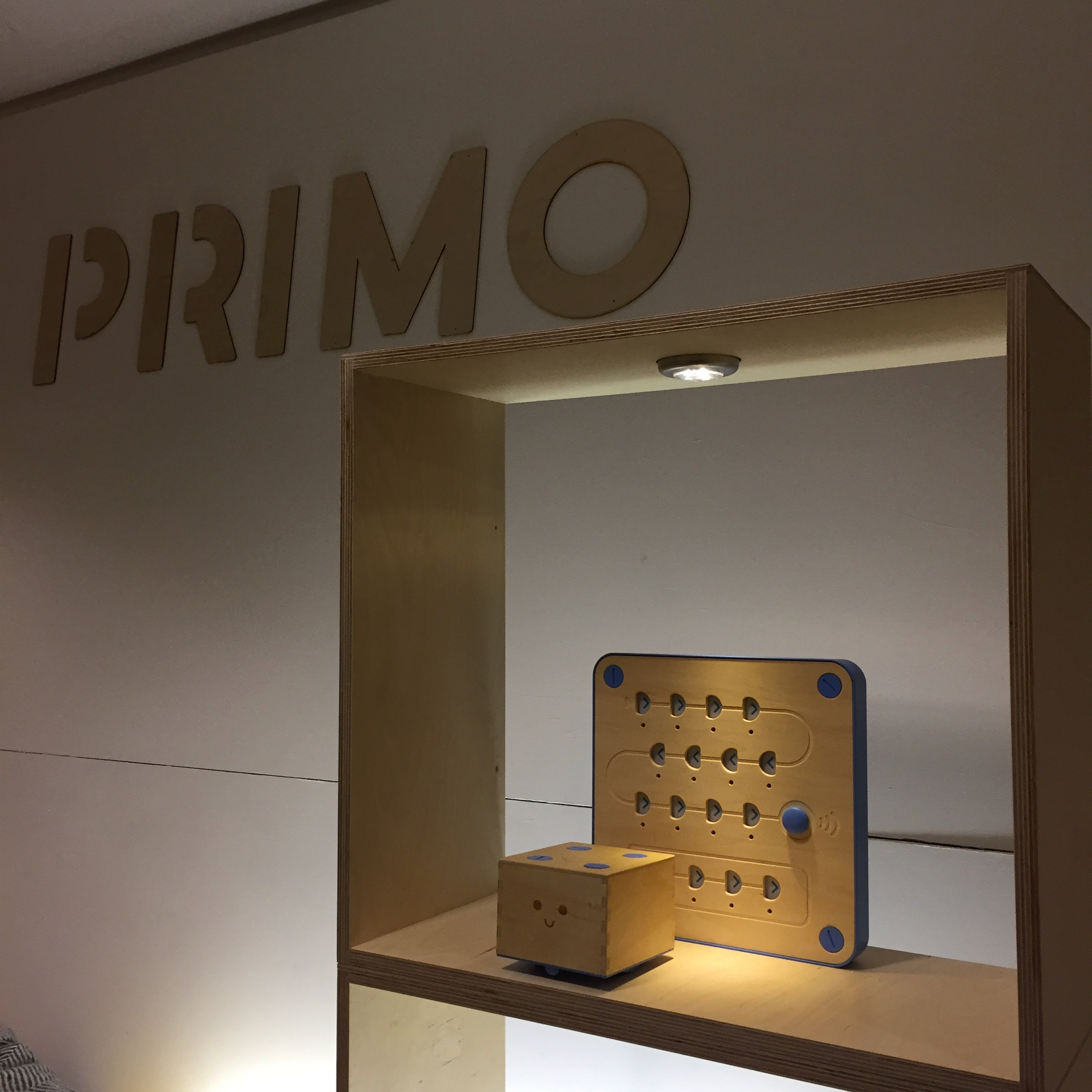 PRIMO EXHIBITION STAND - Unique and intelligent product for a unique and intelligent Toy Company