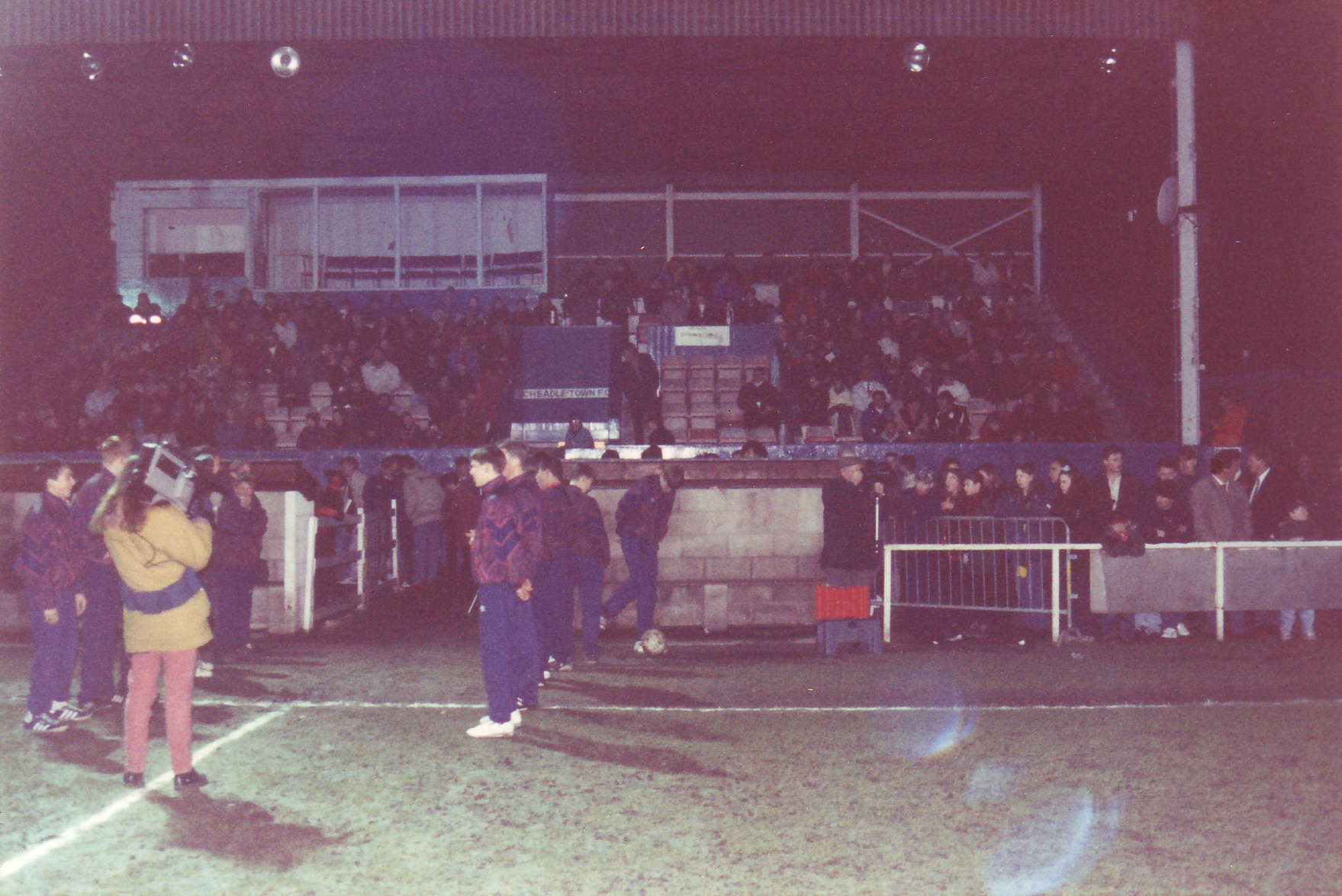 Cheadle Town v Manchester United, 1995. The first match under floodlights at Park Road. The result was 2-2 with the United team featuring a young Jon Macken who went on to play for Preston North End and Manchester City.