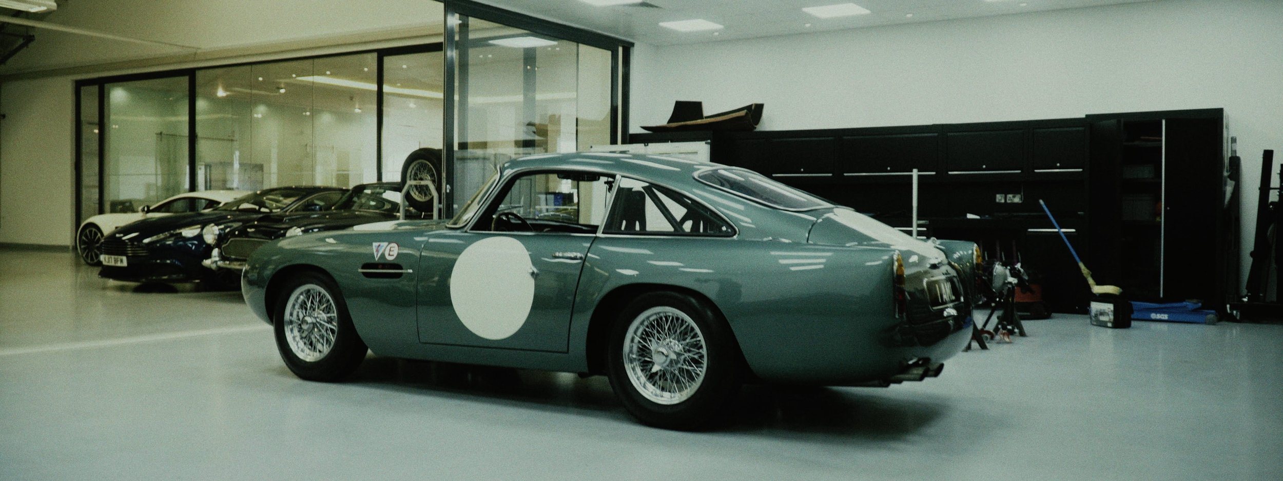 Aston DB4 frame 17.jpg