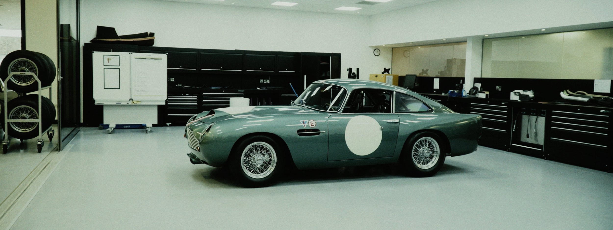 Aston DB4 frame 19.jpg