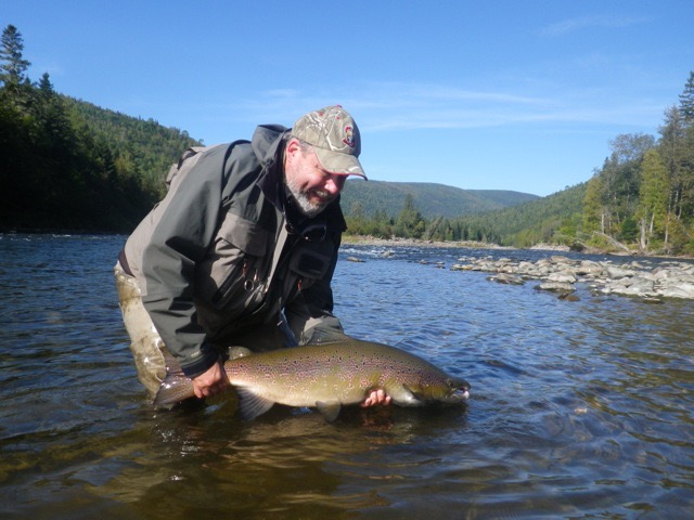 Dan Greenberg closes the season with a nice one from the Grand Cascapedia, congratulations Dan, a fine fish!