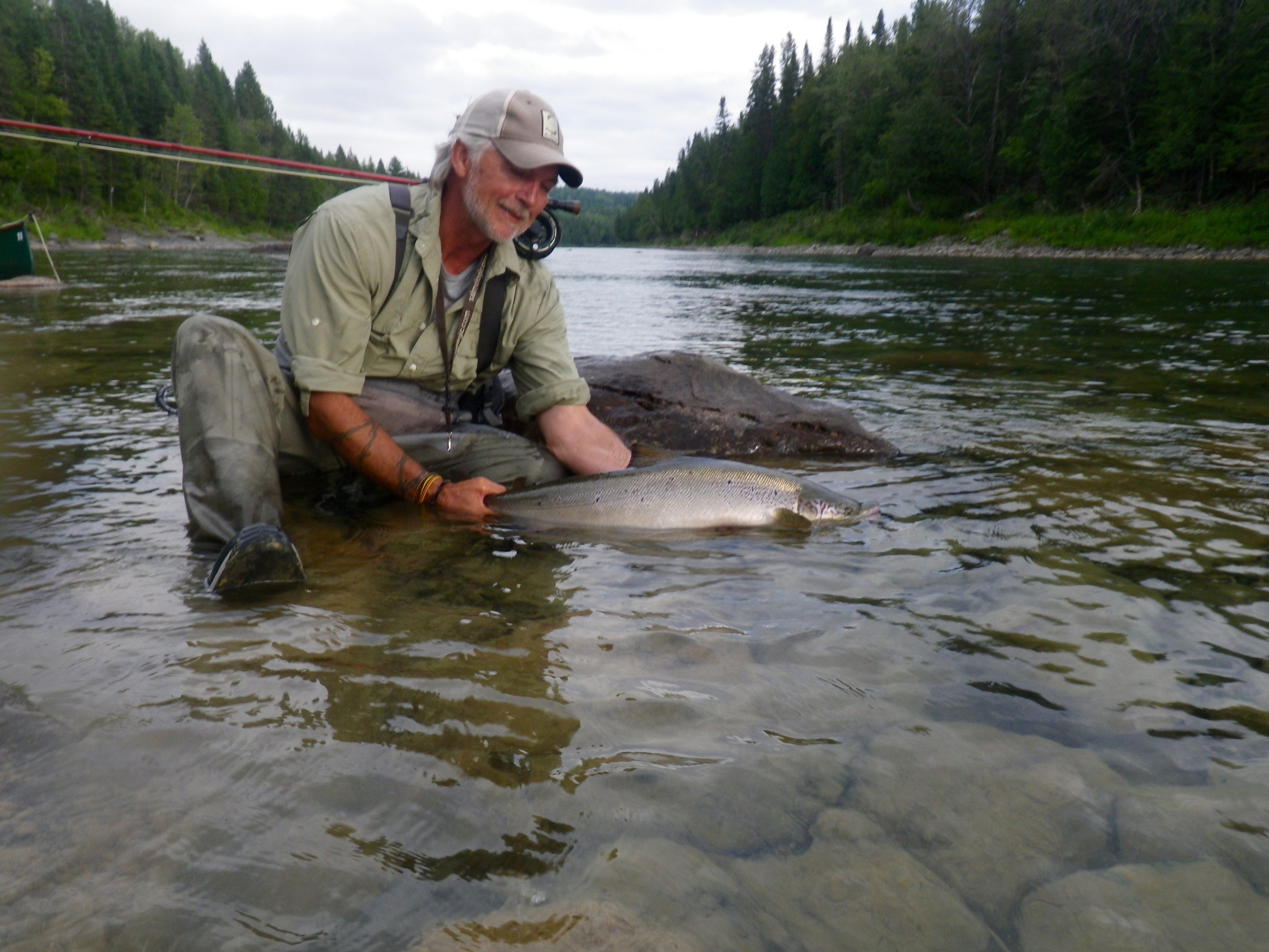 Henrik Mortensen with yet another salmon, he sure know how to catch them, Nice one Henrik.