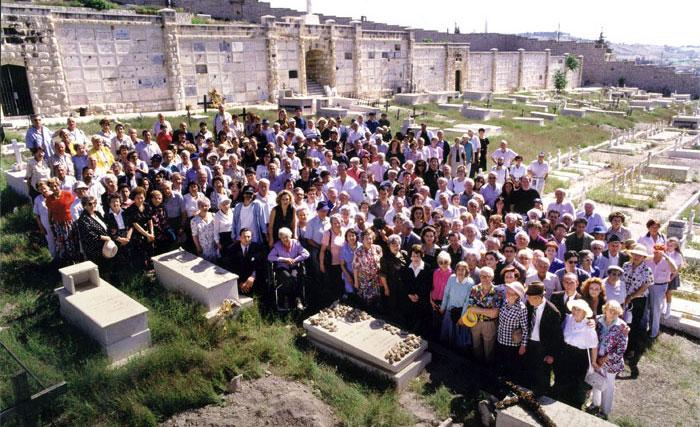 Jewish survivors honor Schindler at his grave in Jerusalem.