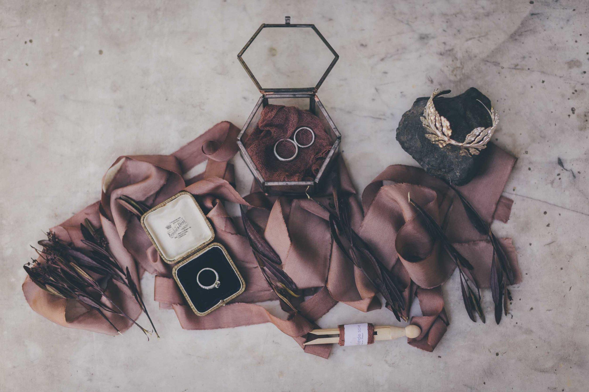 alliances de mariage, photographie par Maël Lambla