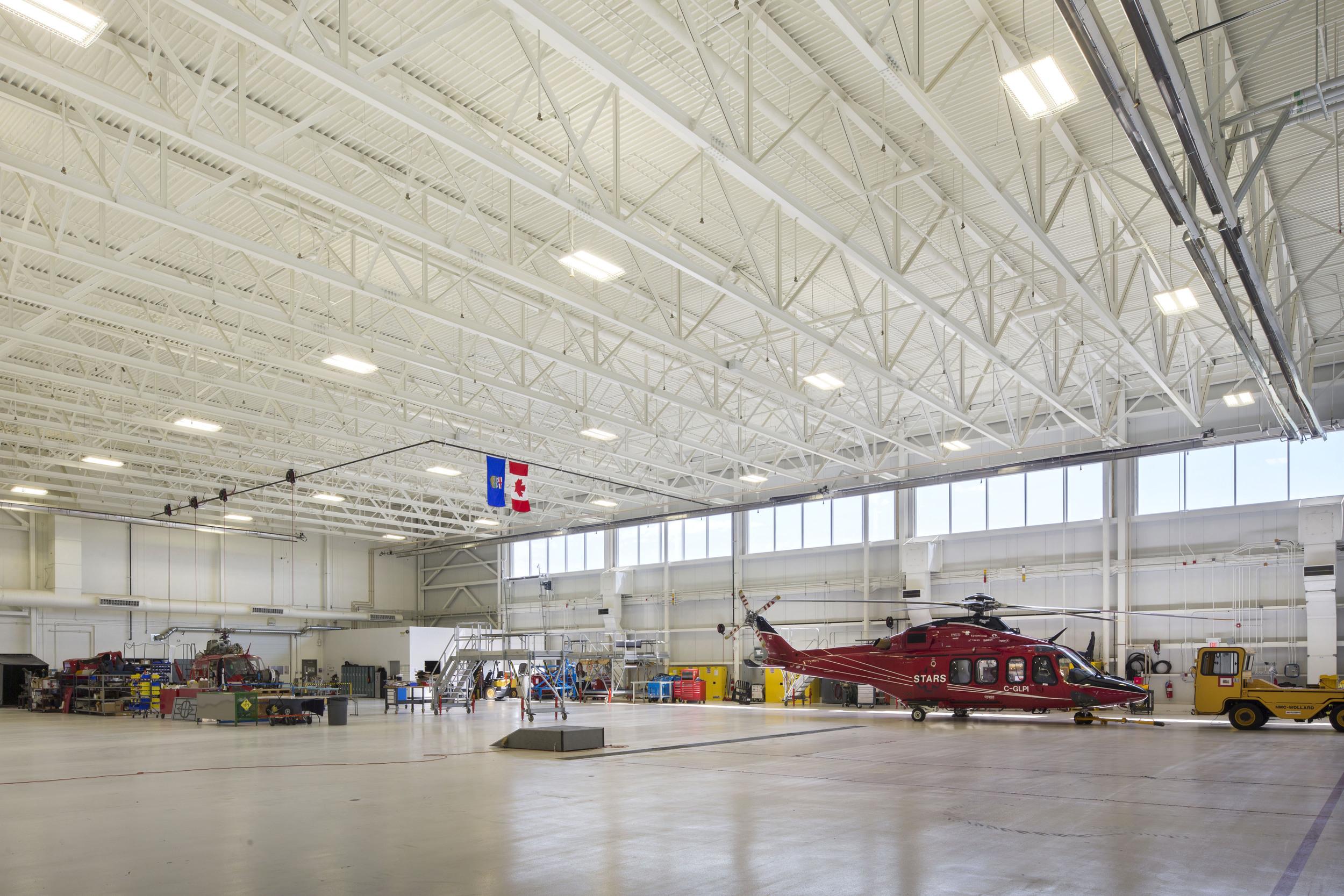 2015_025_YEG_Hangar-1633.jpg